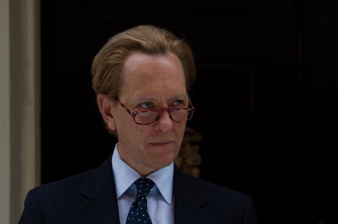 Richard E. Grant as Michael Heseltine